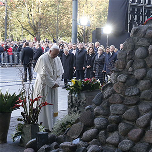 Pope's visit to the Baltic states focused on tolerance and solidarity