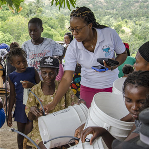 Kentucky nonprofit recruits 'water women' in bid to rid Haiti of cholera