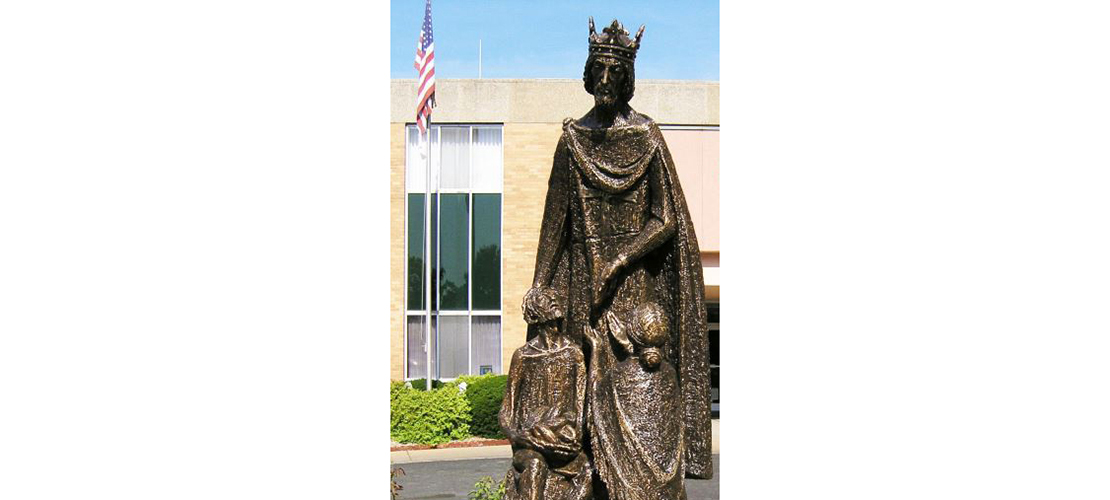 Kenrick-Glennon Seminary's 'new' statue highlights the charitable side of King Louis IX