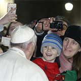Time passes, but God's love endures, pope says as 2018 ends