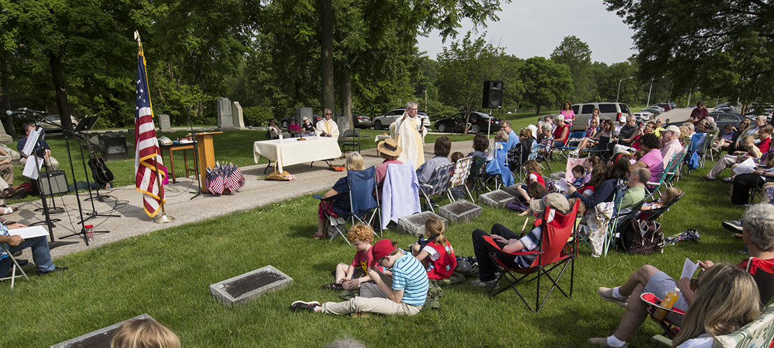 Memorial Day Mass at cemetery recognizes sacrifices