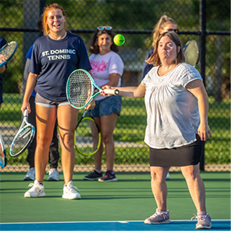 Tennis team's outreach is a hit with guest players