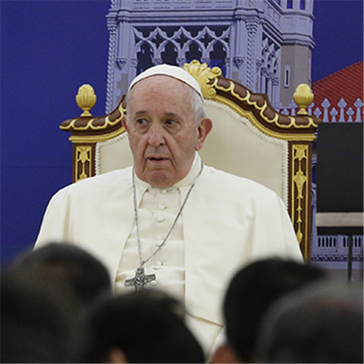 Response to migration is sign of character, pope says in Thailand