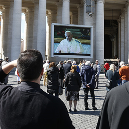 POPE'S MESSAGE | After leading 'virtual' Angelus, pope blesses crowd in St. Peter's Square