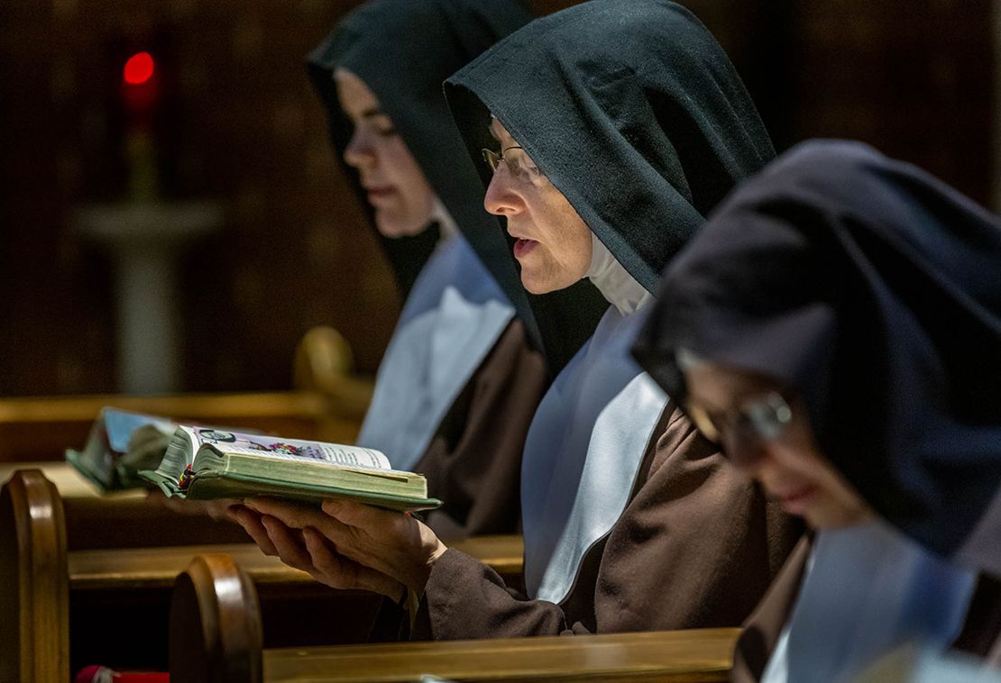 The Poor Clare Nuns prayed Mid-day Prayer in their chapel at the Monastery of St. Clare and the Immaculate Conception in Oakville Aug. 5.