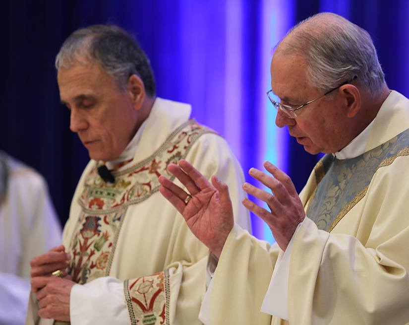 Cardinal Daniel N. DiNardo of Galveston-Houston, president of the U.S. Conference of Catholic Bishops, and Archbishop Jose H. Gomez of Los Angeles, vice president, concelebrated Mass at the fall general assembly of the USCCB in Baltimore Nov. 11.