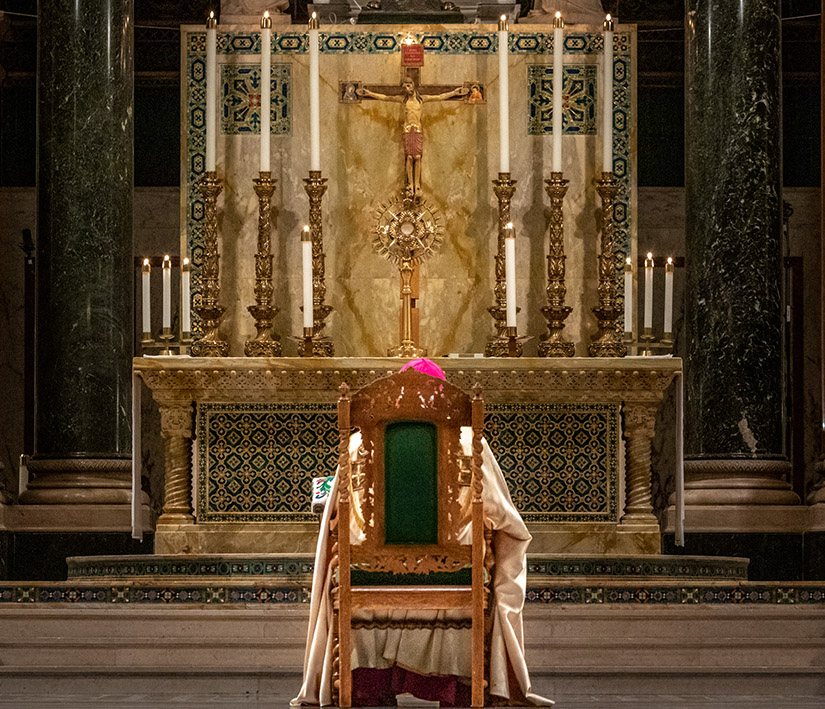 Archbishop Robert J. Carlson installed a new crucifix at Cathedral Basilica of Saint Louis April 3. The installation was part of a prayer service to pray for an end to the COVID-19 pandemic.